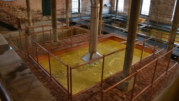 Buffalo Trace Restarts Col. E.H. Taylor Jr's 1883 Fermentation Tank for the 1st Time in a Century